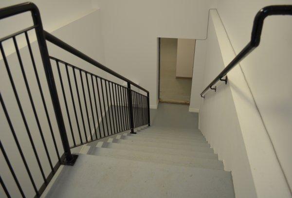 Cage-escaliers-arrière-3